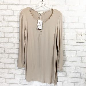Simply Noelle tunic top size XS (4-6)